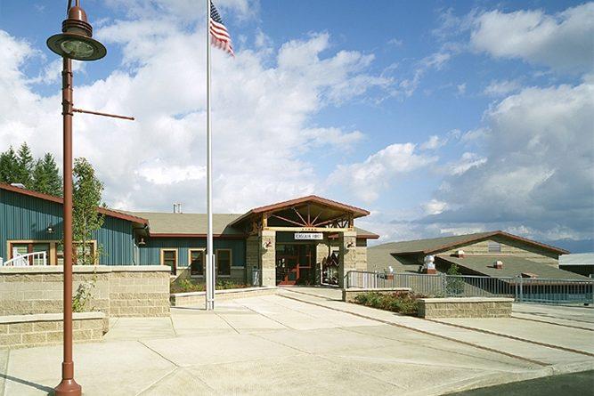 Cascade Ridge Elementary School entrance
