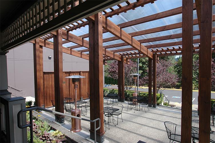 Columbia Winery outdoor tasting room